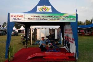 Stand Pameran Teknik Kendaraan Ringan SMK PGRI 1 Ngawi