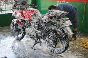 cuci motor